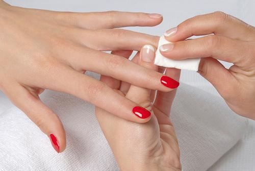 Un soin des ongles